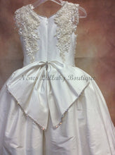 Load image into Gallery viewer, Piccolo Bacio Communion Dresses Catherina - Nenes Lullaby Boutique Inc