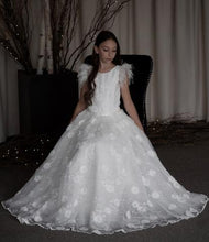Load image into Gallery viewer, E25 Girls Teter Warm All Lace Flower Communion - Nenes Lullaby Boutique Inc