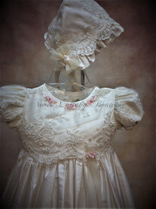 Piccolo Bacio Girls Christening gown Pierina - Nenes Lullaby Boutique Inc
