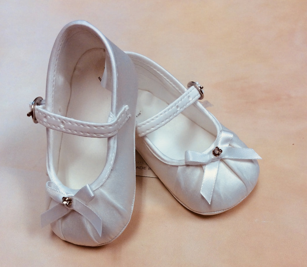 SF2901/T0028 Eggshell Christening mary jane shoes with rhinestone center - Nenes Lullaby Boutique Inc