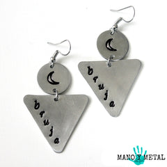 bruja*luna::: {triangle dangle earrings)