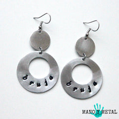 bruja::: {circle dangle earrings)