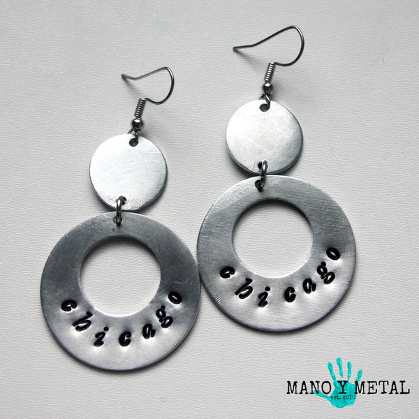 chicago::: {circle dangle earrings)