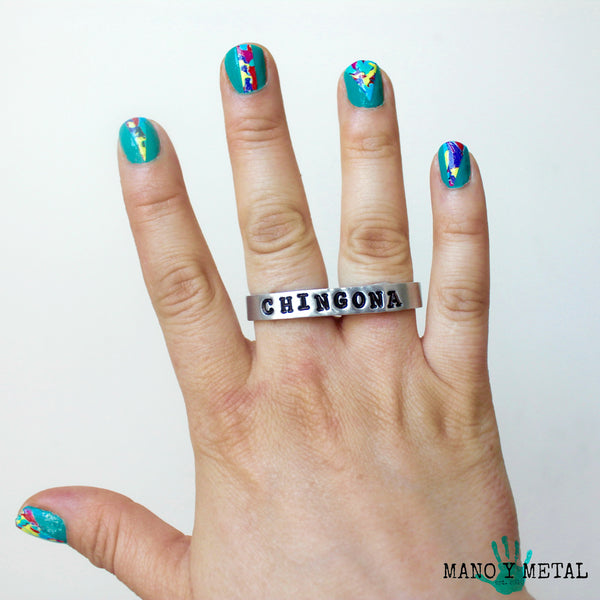 CHINGONA {thin bar double-finger ring}