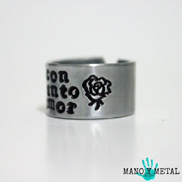 con tanto amor::: {hand stamped adjustable ring}