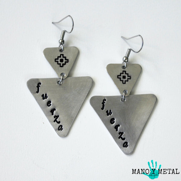 fuerza::: {triangle dangle earrings}