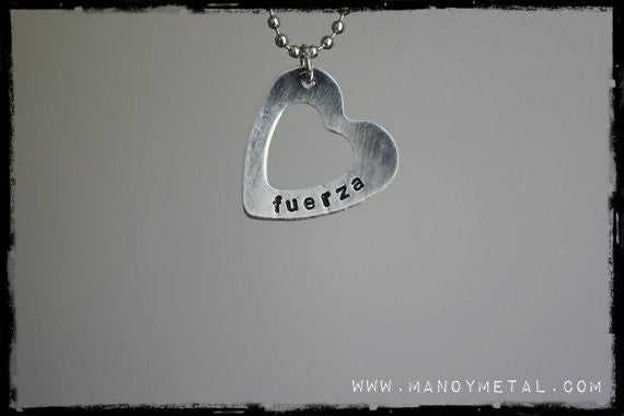 fuerza (strength) // heart charm necklace