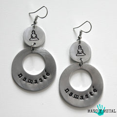 namasté::: {circle dangle earrings)
