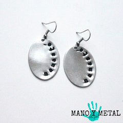 namasté::: {Oval Earrings}