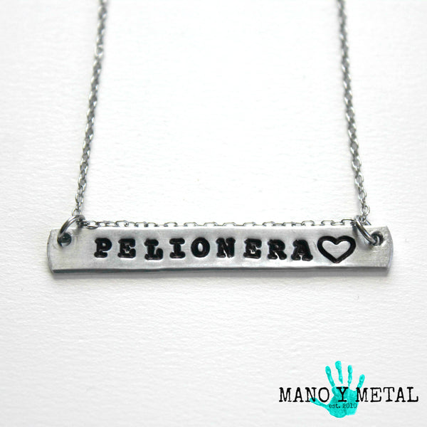 PELIONERA {bar necklace}