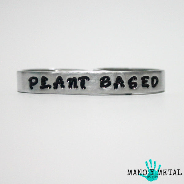 PLANT BASED {bar double-finger ring}