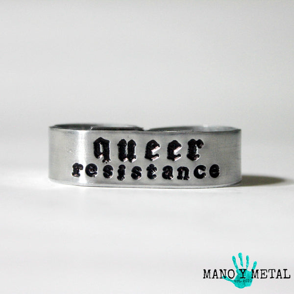 Queer Resistance★ {double-finger ring}