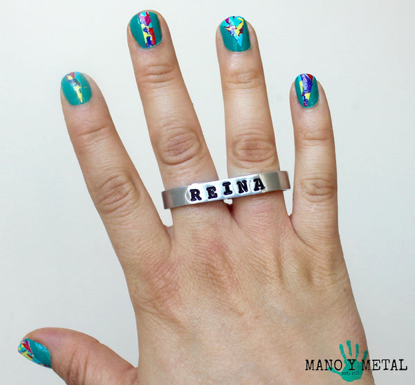 REINA {thin bar double-finger ring}