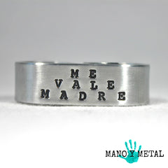 Me Vale Madre {Double-Finger Ring}