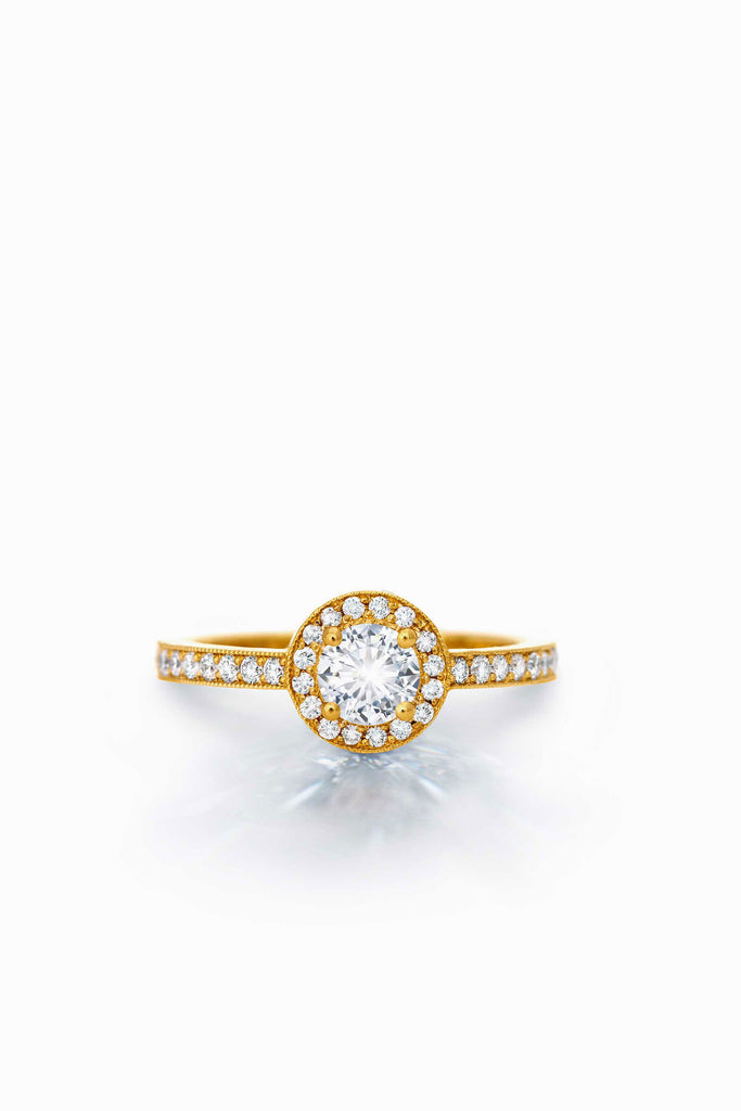 Round Multi-Diamond Ring