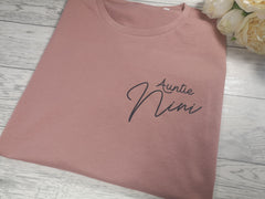 Personalised Women's Dusky pink t-shirt Auntie with a name