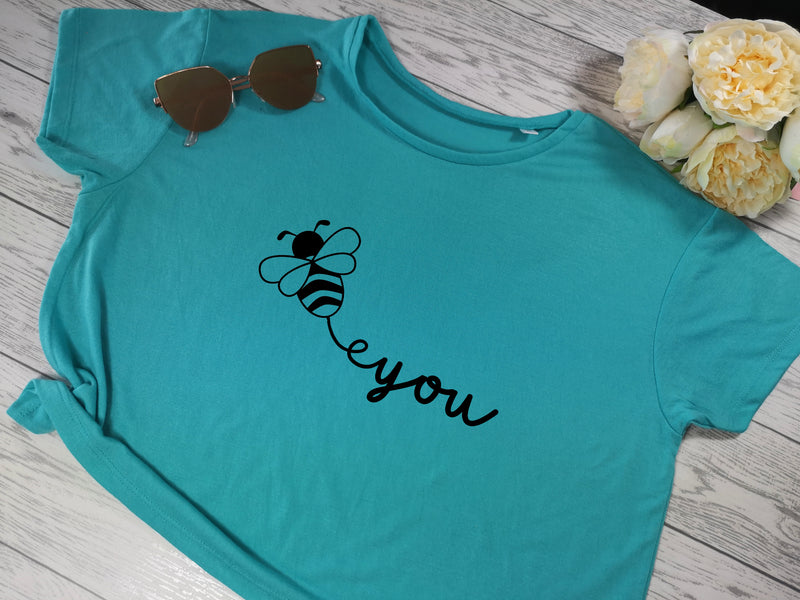Custom Women's cropped blue t-shirt Bee you choice of colour detail