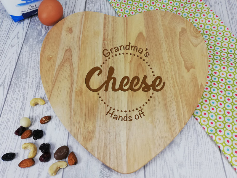 Personalised Engraved Wooden Heart Chopping board cheese Gift Any Name mum grandma