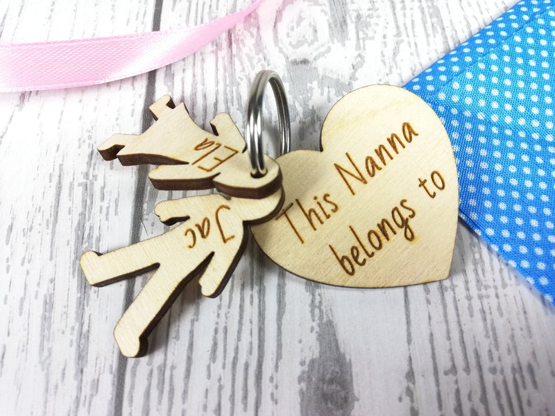 Personalised Wooden Heart with boy & girl figures Keyring This mam belongs to..
