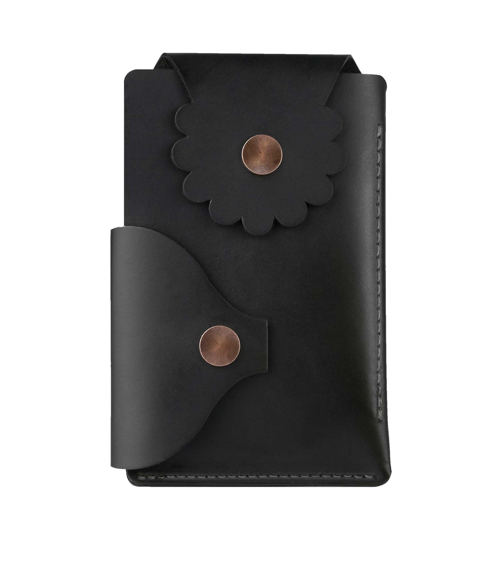 Marrs Makers Matte Black Leather Wallet. (Front view as seen in this photo.) Hand-stitched. Versatile dual-entry is convenient and secure with metal snap closure on each flap.  M20-M002BLK