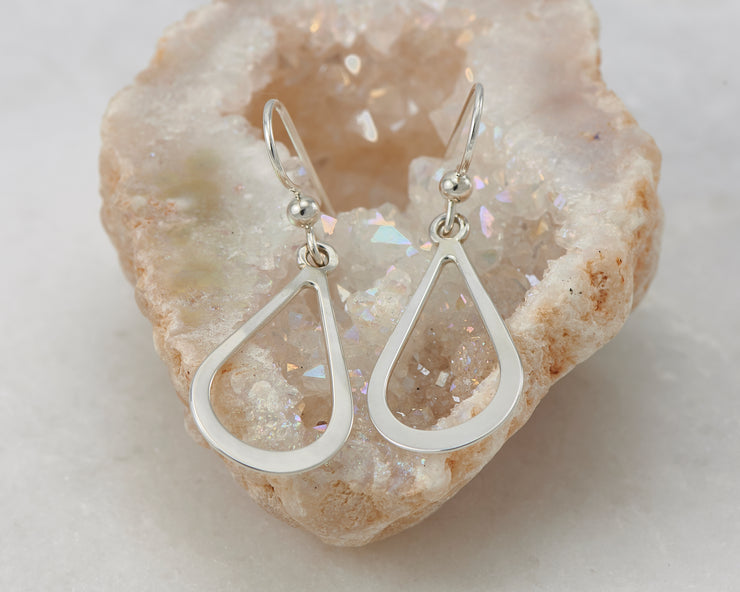 teardrops silver polished earring in quartz