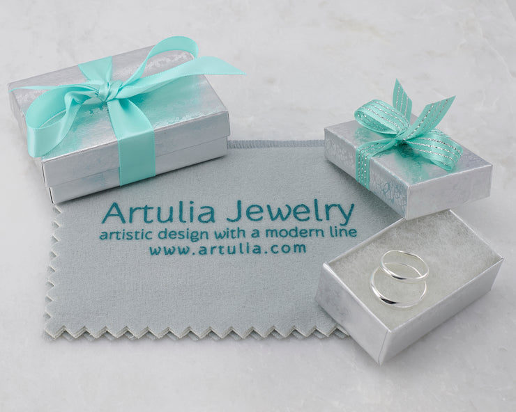 gift wrap for silver wedding band set