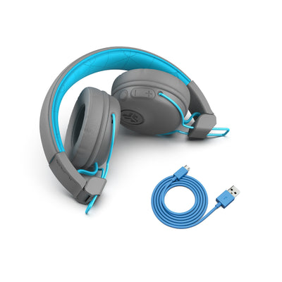 Studio Bluetooth Wireless On-Ear Headphones dobrado em azul