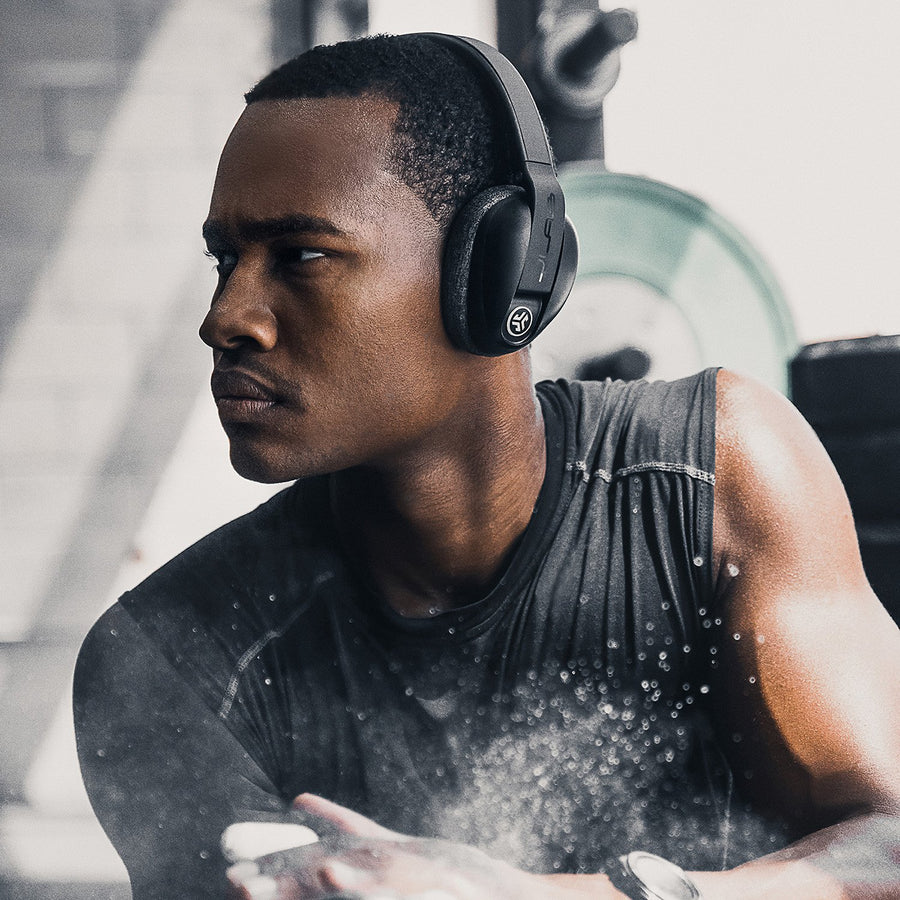 Vista ad angolo del nero Flex Sport Wireless Bluetooth Headphones