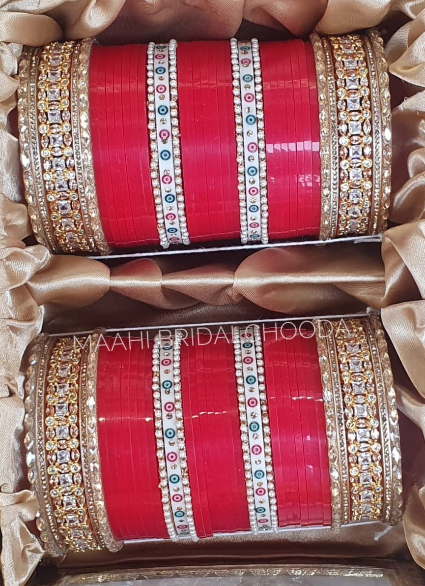 Maahi Exclusive Kundan Chura - 051