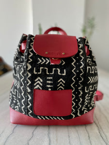 Ivory.B front: N'DGO backpack red