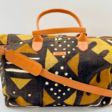 Niamey Weekender Bag  Brown Dots (Medium)