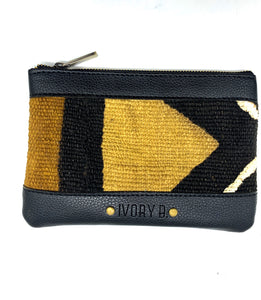 Issa pouch Black Arow D