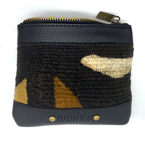 Ivory. B front: The Fitini Pouch Black Tri