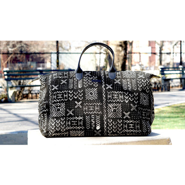 Niamey Weekender Bag  Black Square (Large)