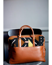 Load image into Gallery viewer, Ivory. B front: Idris bag Maroon Traditional