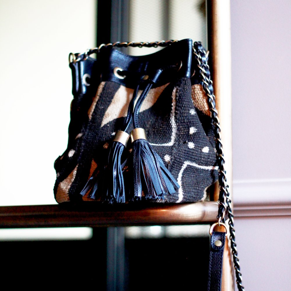 Naya Bag Noir Traditional P
