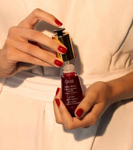 Load image into Gallery viewer, Oribe Beautiful Color Power Drops for Color Preservation Booster 2% Vitamin C Complex
