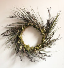 Load image into Gallery viewer, Dried Palm Wreath