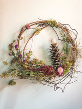 Load image into Gallery viewer, Dried Floral Wreath No. 5