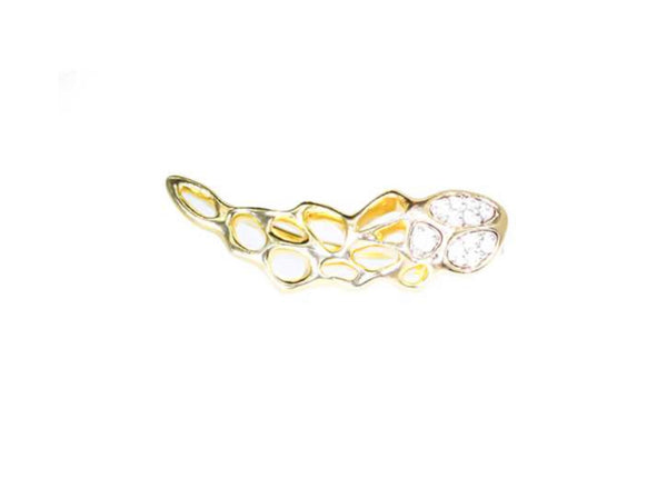 Flowen Eyra Earring in Hold With Ice Diamonds-right (single)