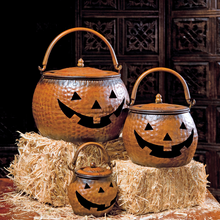 Load image into Gallery viewer, Lidded Iron Pumpkins