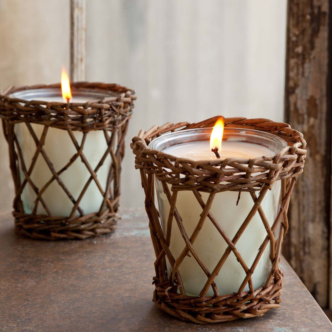 Tobacco Leaf Willow Candle