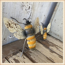 Load image into Gallery viewer, Aged Metal Bees