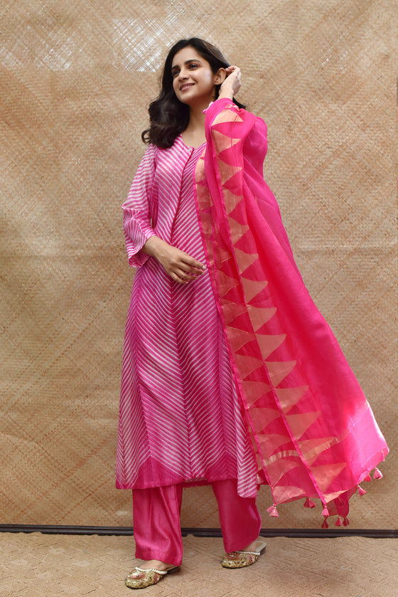 Arashi Chanderi Suit Set in Pink