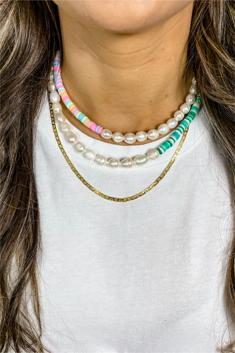 Surfs Up Necklace in Pink