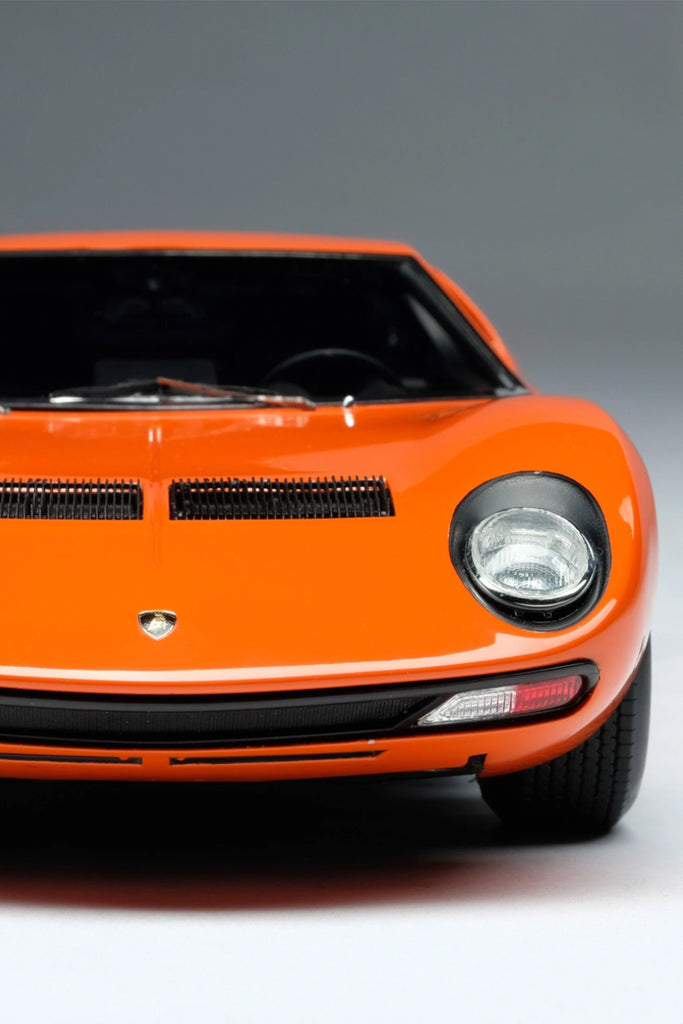 Amalgam Collection - Lamborghini Miura P400 SV  Road & Track Edition 1:18 Scale - Walt Grace Vintage