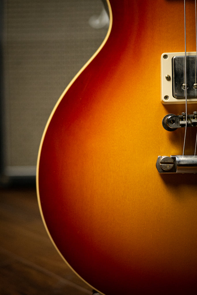 Gibson Custom Shop 1958 Les Paul Standard Reissue VOS Electric Guitar - Washed Cherry Sunburst