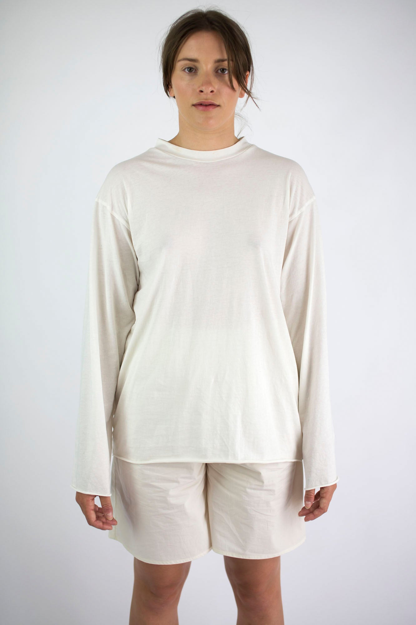 T shirt long sleeve muted white.