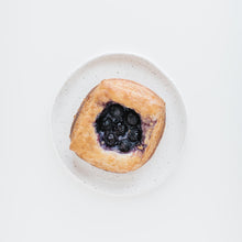 Load image into Gallery viewer, Fruit Danish