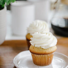 Load image into Gallery viewer, Cupcakes (Half Dozen)